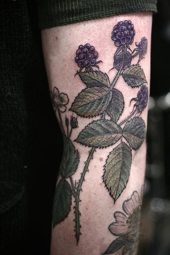 flower-plant-botanical-tattoos-alice-carrier-53