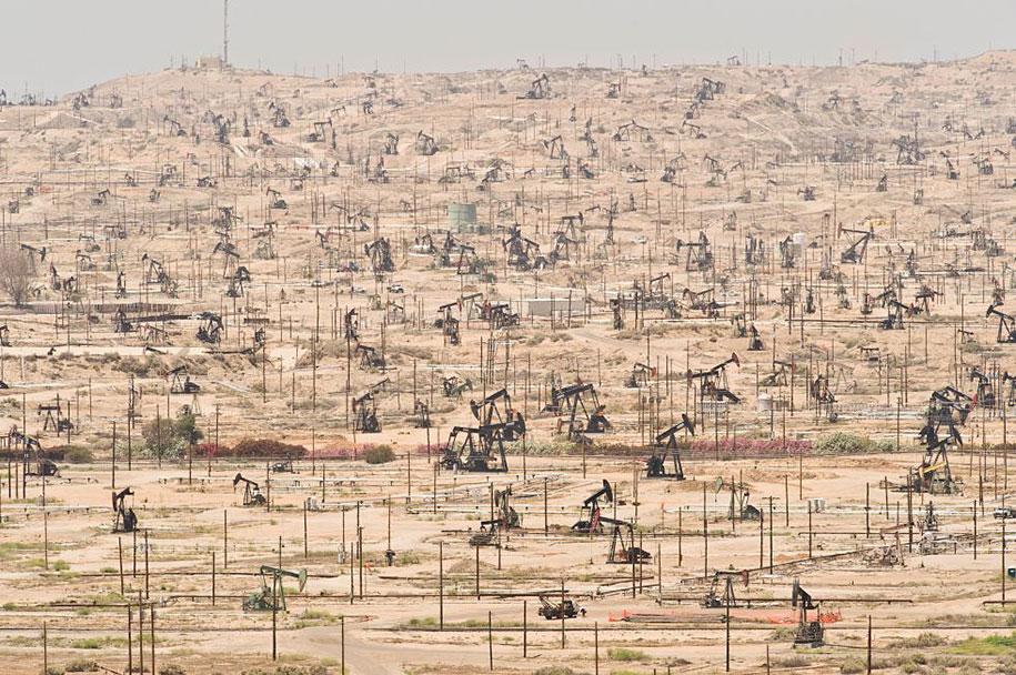 pollution-trash-destruction-overdevelopement-overpopulation-overshoot-09