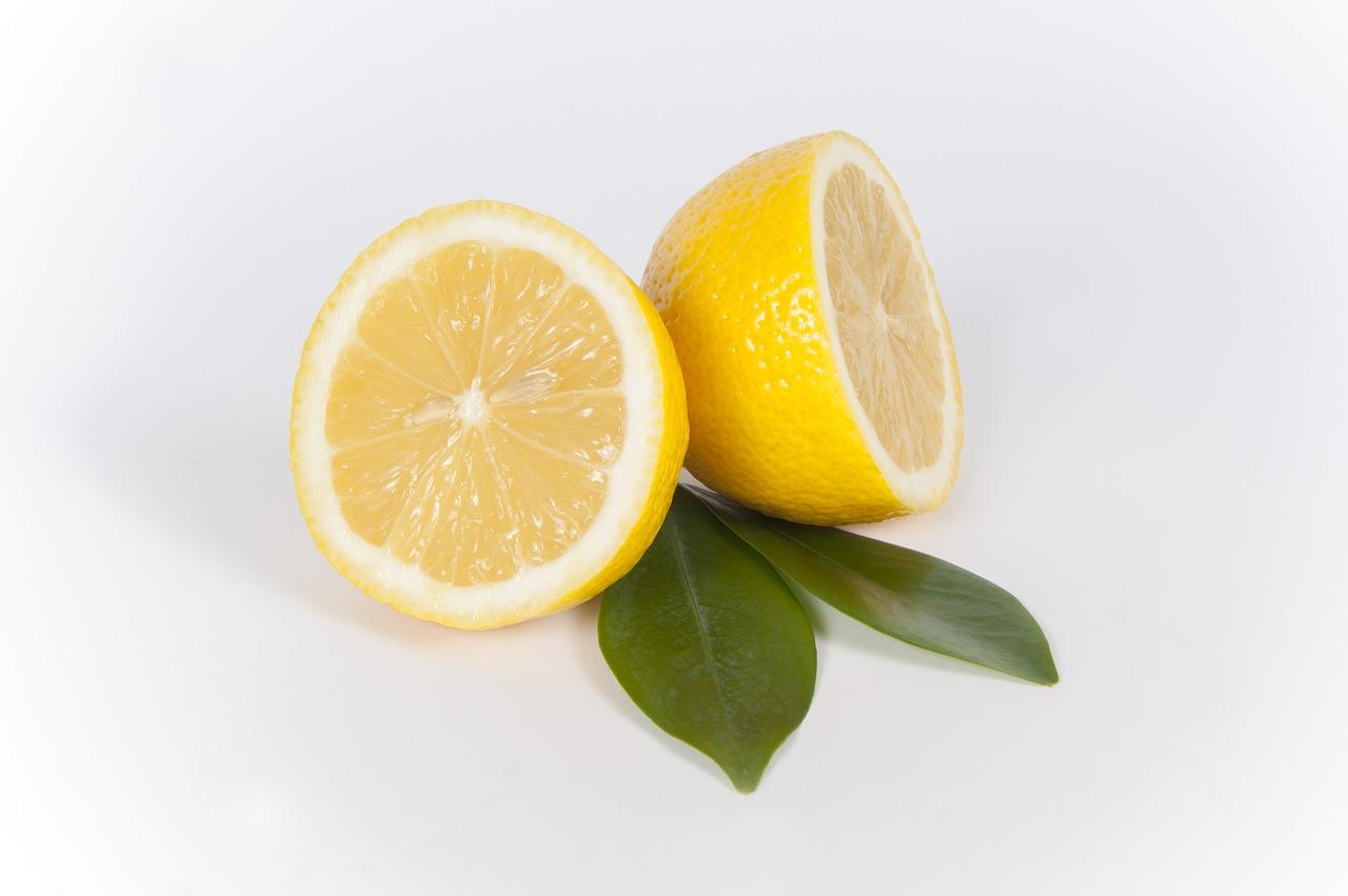 sliced-lemon-667554_1280